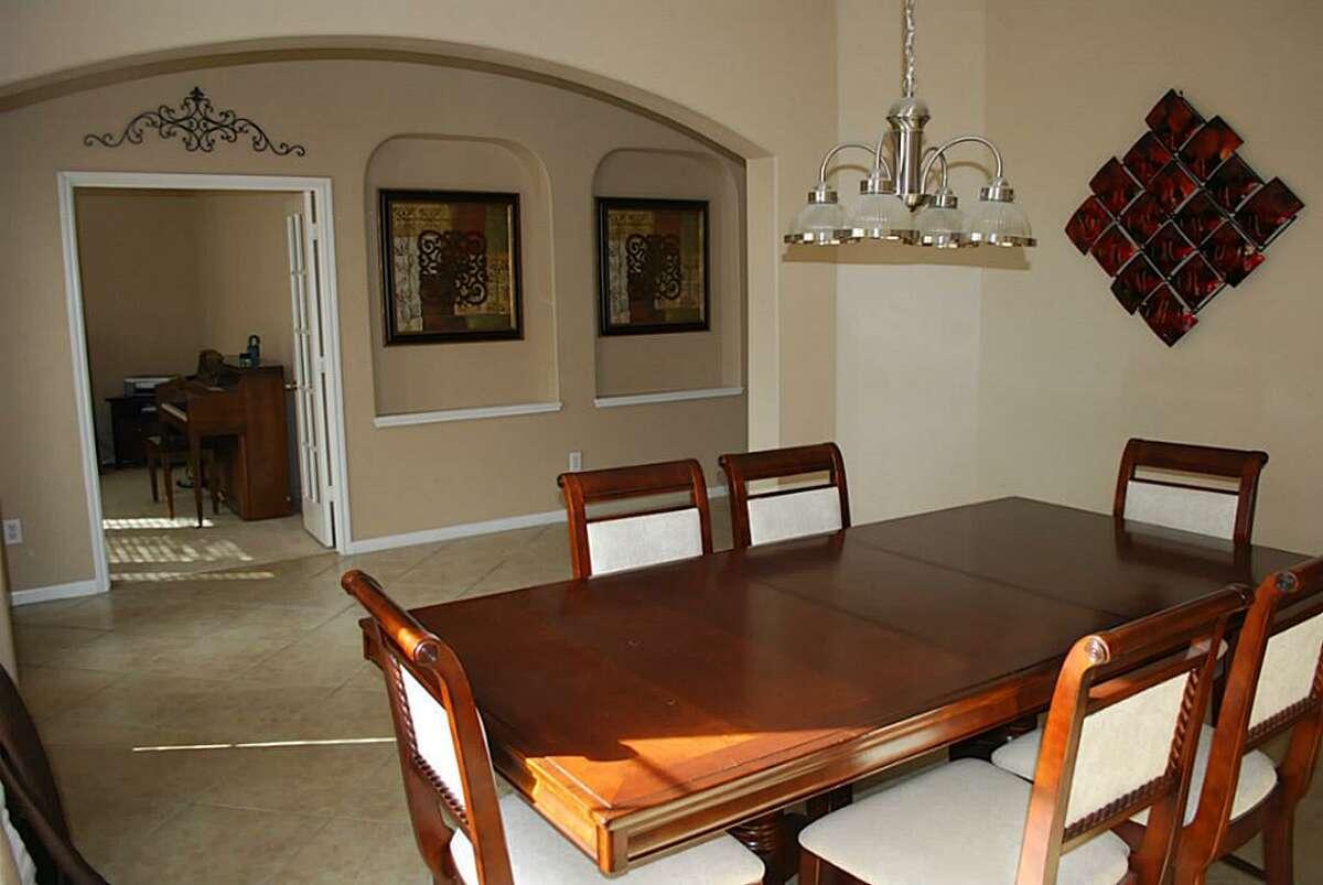 25600 Kransburg Ridge Ct. in Kingwood: $325,000 / 4 bedrooms / 2 full and 1 half bathrooms / 3,605 square feet