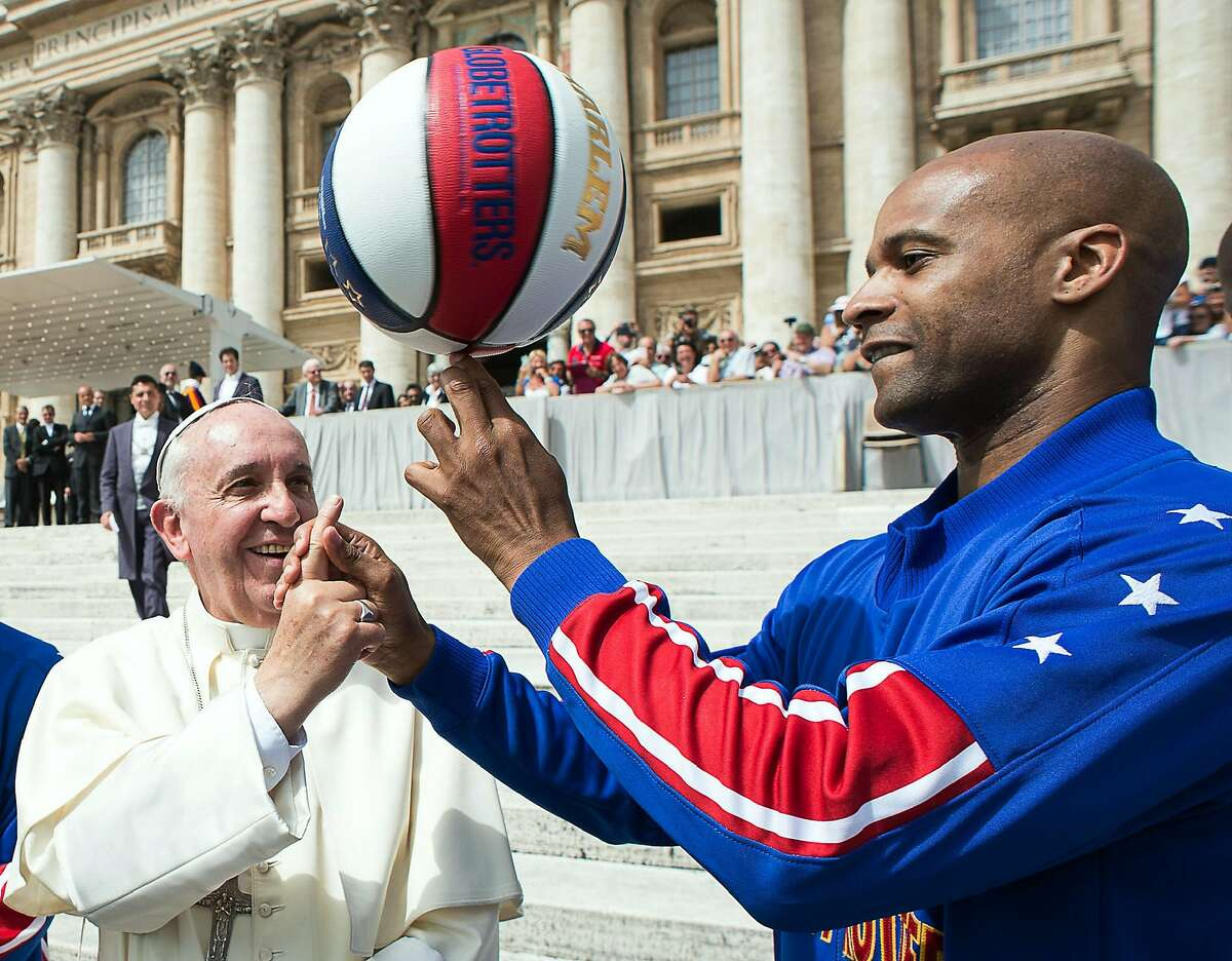 The Harlem Globetrotters can upstage anyone.