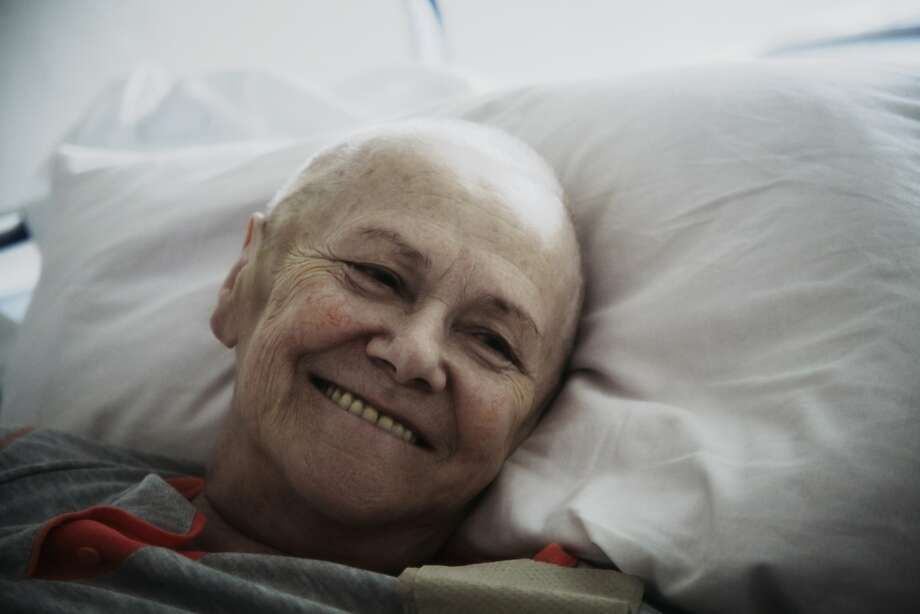 A man wants to connect with his grandmother before she dies from cancer. Photo: WIN-Initiative