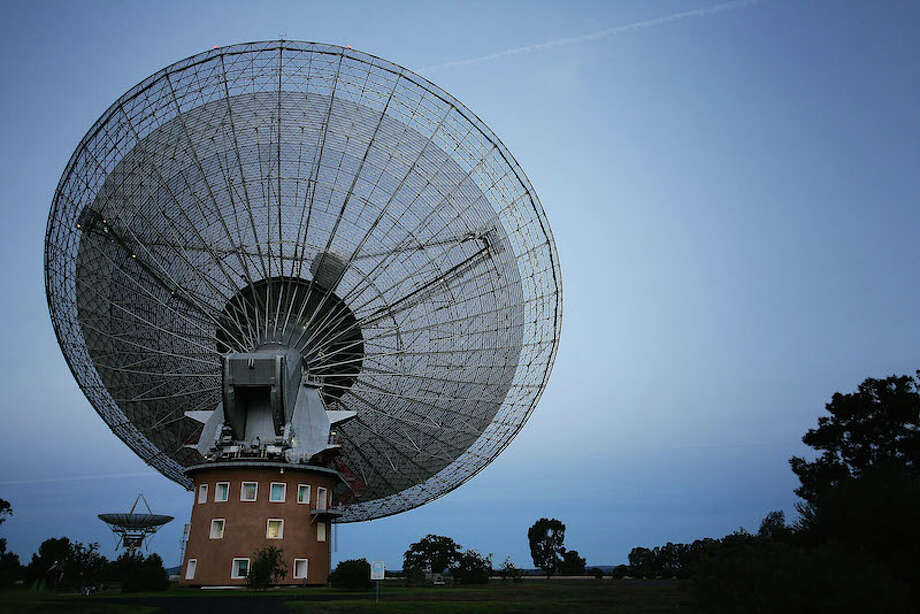 The famed Parkes Observatory in New South Wales. Photo: Lisa Maree Williams, Getty Images / 2009 Lisa Maree Williams