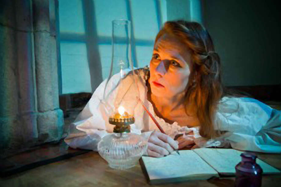 Elena Wright As Jane In Central Works The Yellow Wallpaper Photo