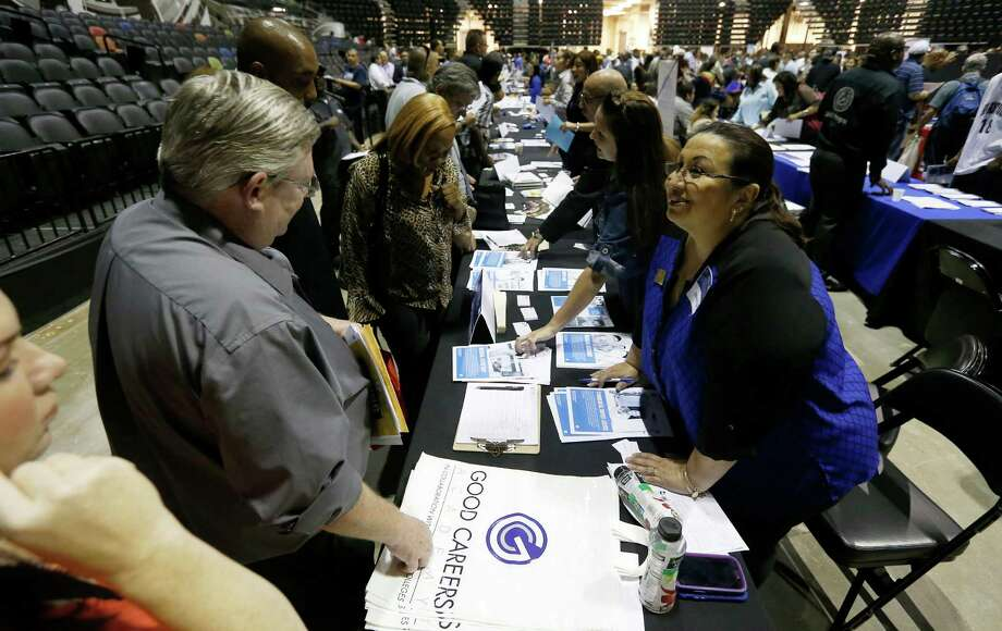 Texas employers added 16,700 nonfarm jobs, the Texas Workforce Commission said Friday. Photo: Kin Man Hui /San Antonio Express-News / ©2015 San Antonio Express-News