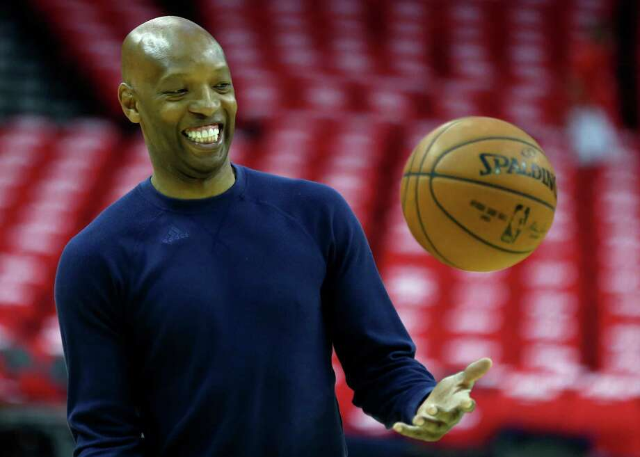 Los Angeles Clippers assistant coach Sam Cassell works out with Clippers players during warm ups before Game 2 of the NBA Western Conference semifinals against the Houston Rockets at Toyota Center Wednesday, May 6, 2015, in Houston. ( James Nielsen / Houston Chronicle ) Photo: James Nielsen, Staff / © 2015  Houston Chronicle