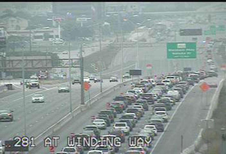 Traffic is shown at about 11:30 a.m. on southbound U.S. 281 near Nakoma Drive. Photo: Courtesy Texas Department Of Transportation