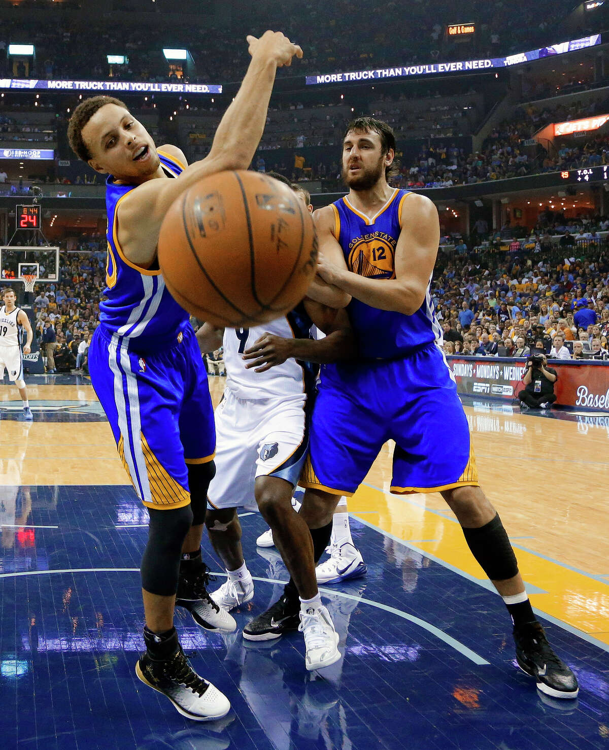Stephen Curry, who scored 23 points, loses the ball out of bounds during the first half.