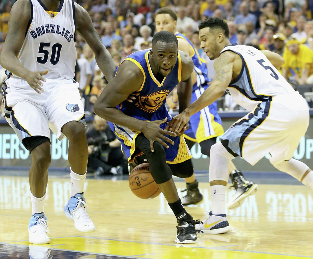 Draymond Green had a rough night in Game 3 in Memphis, hitting only 1 of 8 shots and committing five turnovers.