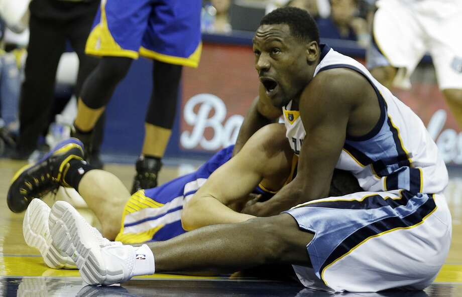 Memphis Grizzlies forward Tony Allen (9) and Golden State Warriors guard Klay Thompson (11) vie for a loose ball in the second half of Game 3 of a second-round NBA basketball Western Conference playoff series Saturday, May 9, 2015, in Memphis, Tenn. (AP Photo/Mark Humphrey) Photo: Mark Humphrey, Associated Press