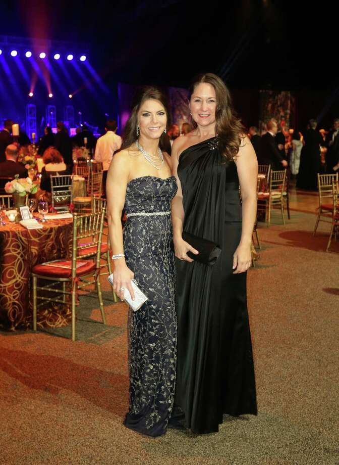 Monica Hartland and Julie Pitts at the 2015 Alley Theatre Ball at NRG Stadium. Photo: Jon Shapley, Houston Chronicle / © 2015 Houston Chronicle