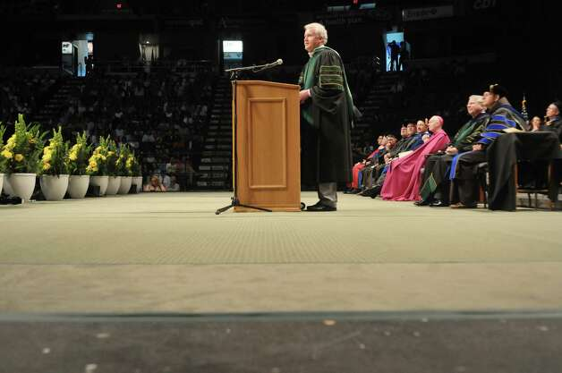 Jeffrey Immelt,  chairman and CEO of General Electric, addresses those gathered for the Siena College commencement at the Times Union Center on Sunday, May 10, 2015, in Albany, N.Y.  Immelt received an honorary degree, Doctor of Humanities.  (Paul Buckowski / Times Union) Photo: PAUL BUCKOWSKI / 00031513A