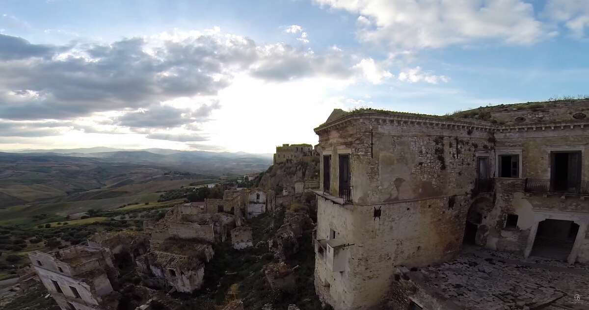 Be On My Mind captured video of Craco, an Italian ghost town abandoned in the 1960s after a series of natural disasters. (Video: Be On My Mind)