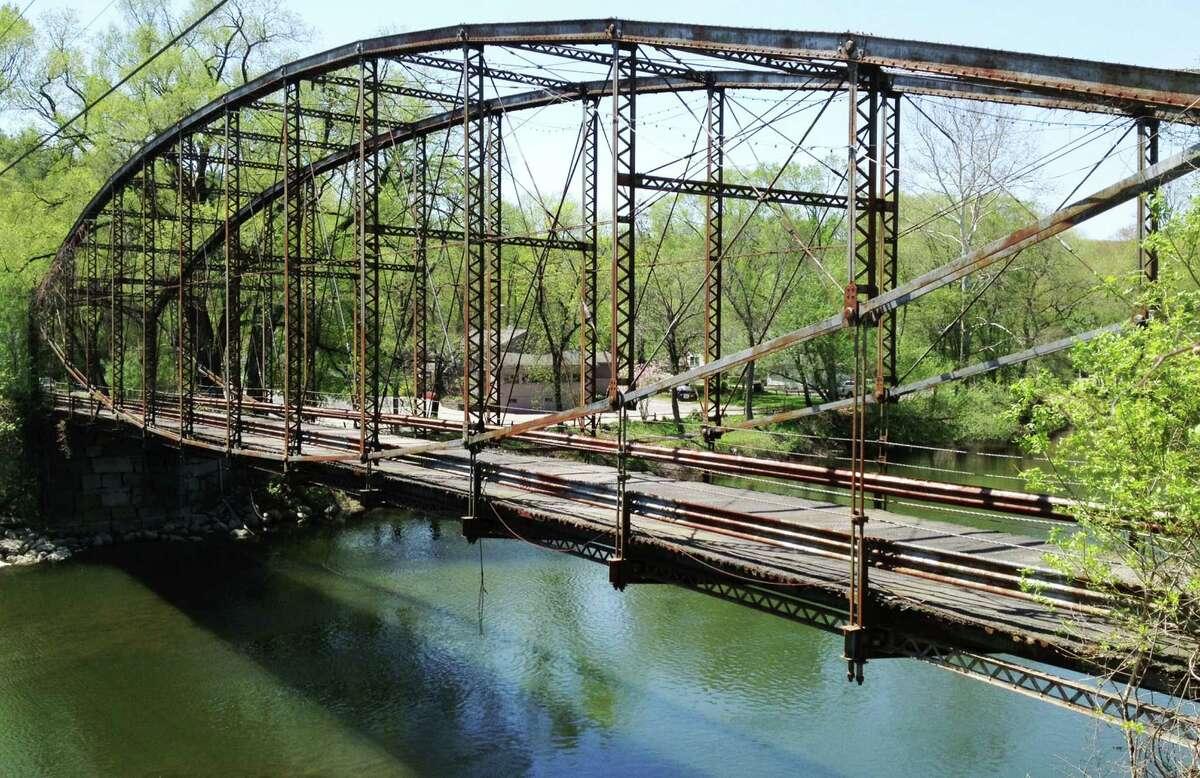 The Boardman Bridge in New Milford, May 2015