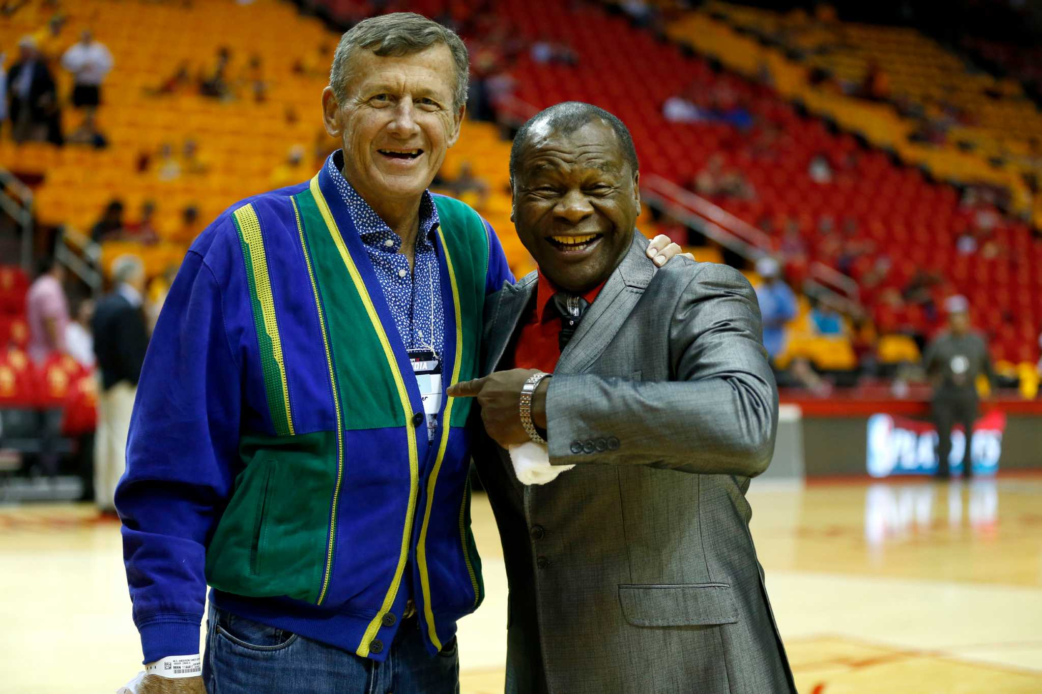 TNT s Sager has fun in Houston before new round of chemo Houston