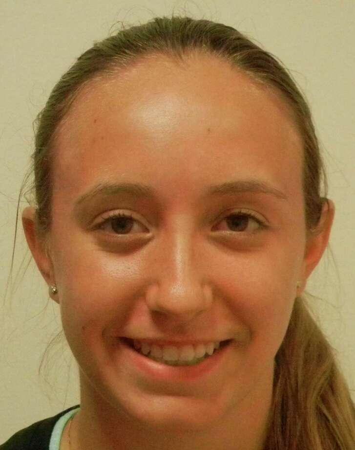 Fairfield Ludlowe senior tennis player Lindsey Evans. citizen athlete of the week Photo: Reid L. Walmark / Fairfield Citizen