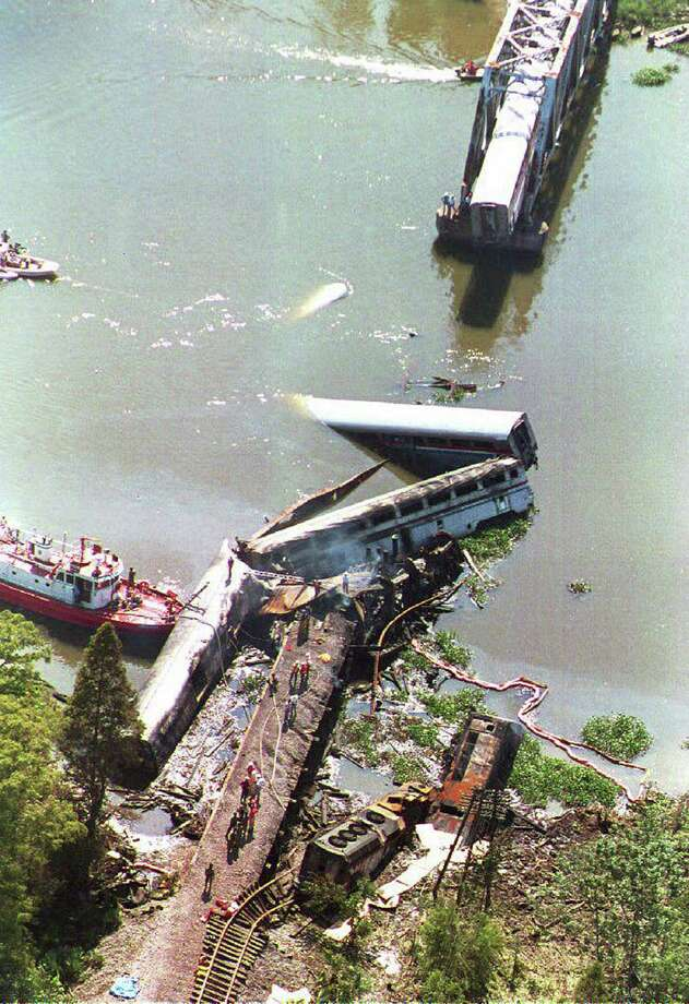 8 Modern Deadly Amtrak Crashes San Antonio Express News