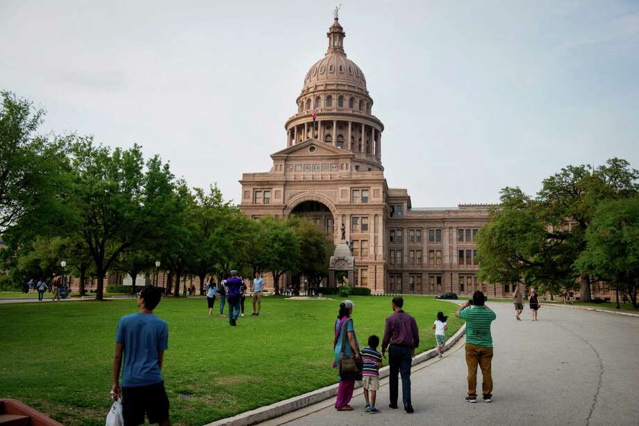 "In a welcome move, the Texas Ethics Commission passed a rule that requires disclosure of donors if alleged nonprofit groups' TV ads, radio spots and mailers — sent out within 30 days of an election — are ""susceptible to no other reasonable interpretation than to urge the passage or defeat"" of a candidate or a measure on the ballot. Photo: Matthew Busch /Bloomberg / © 2015 Bloomberg Finance LP"