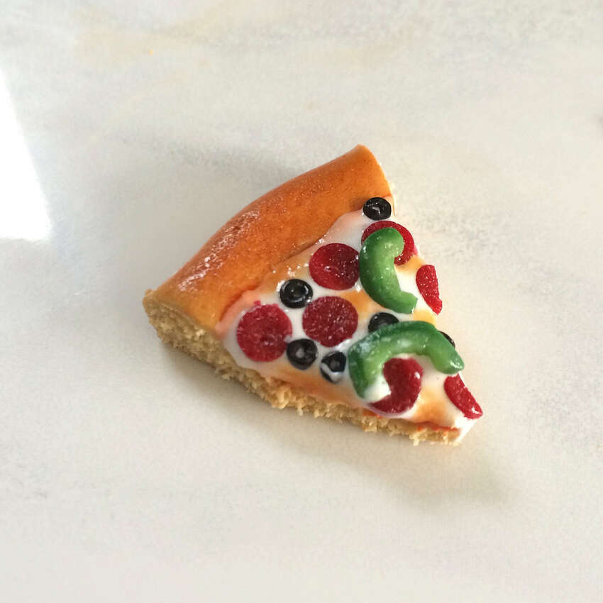 Loaded pizza bauble.