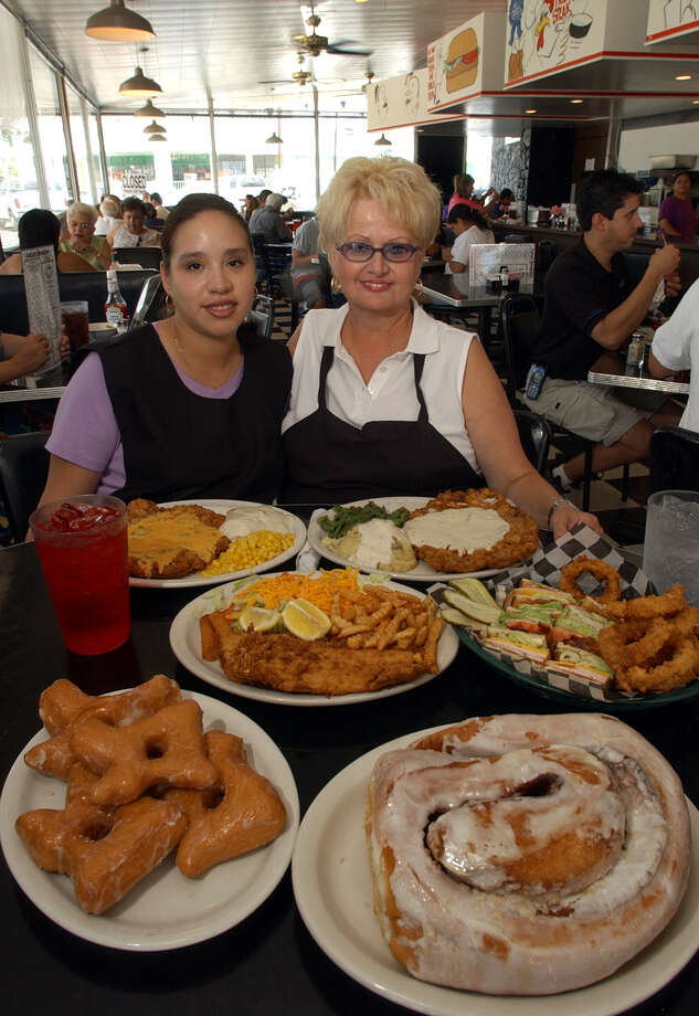 Lulu S Bakery Cafe Celebrating 20 Years With Chicken Fried