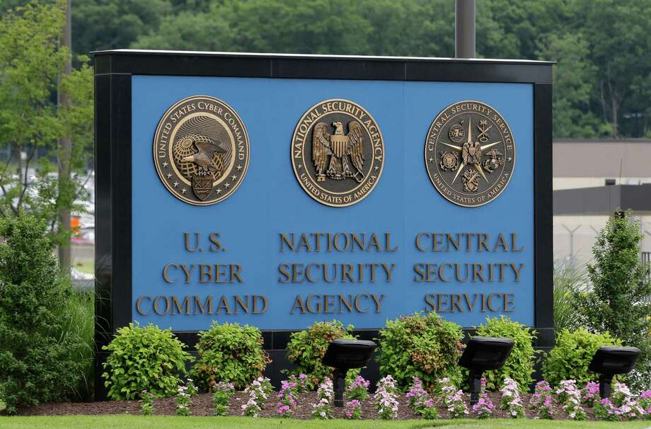 A House vote this week to end the National Security Agency's bulk collection of Americans' phone records puts pressure on the Senate to pass a similar measure. Photo: Patrick Semansky / Associated Press / AP