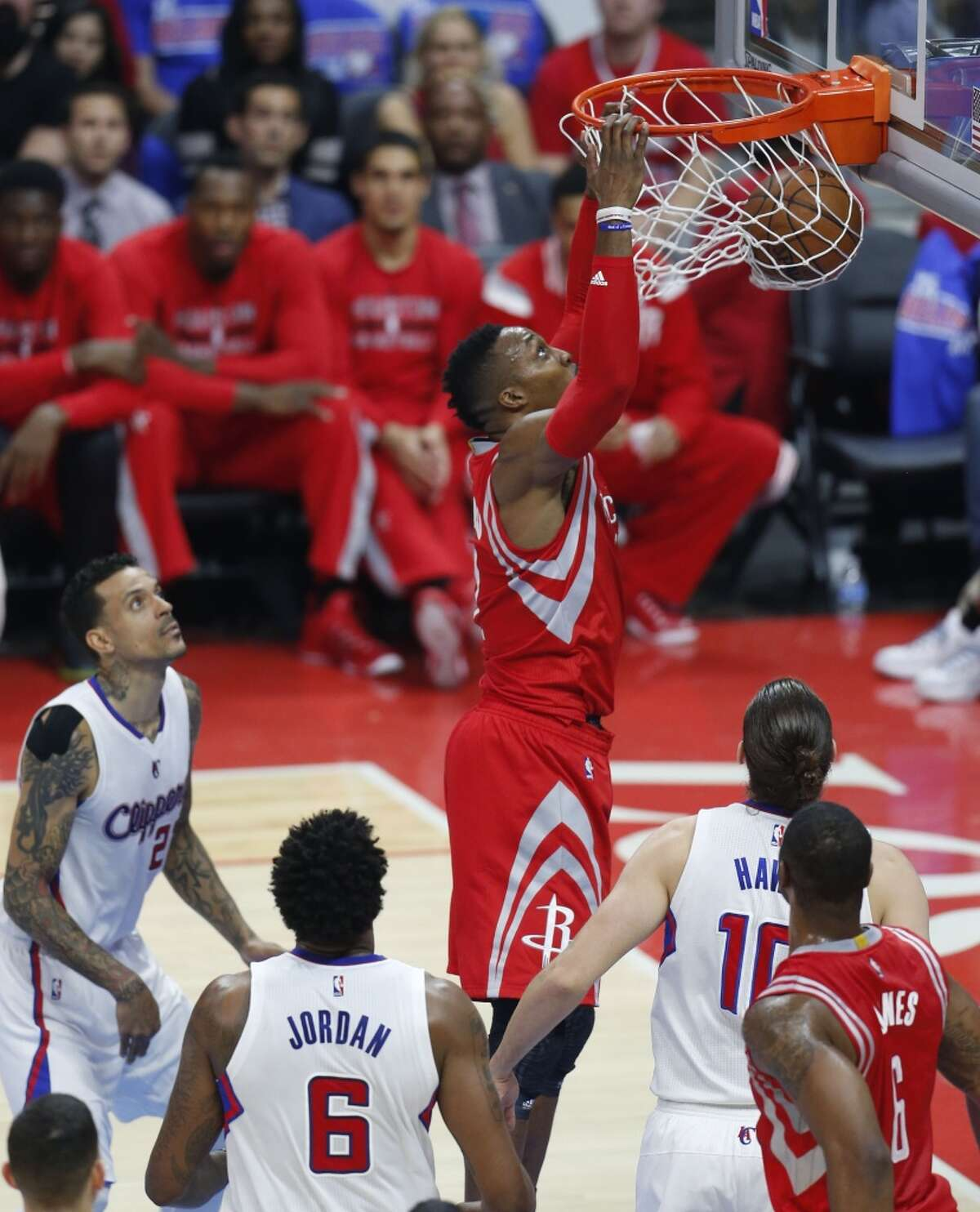 Houston Rockets center Dwight Howard (12) dunks against the Los Angeles Clippers during the first half of Game 6 of the NBA Western Conference semifinals at Staples Center on Thursday, May 14, 2015, in Los Angeles. ( Karen Warren / Houston Chronicle )