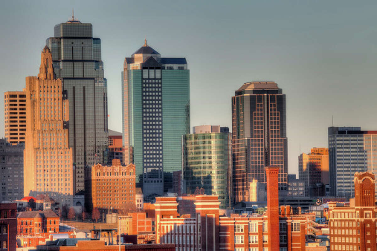 15. Kansas City, Missouri Number of mortgage lenders: 52 Loan funding rate: 78 percent Average value per square foot: $85.75 Affordability rating: 5.06