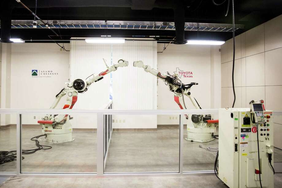 The Toyota Advanced Manufacturing Technician program's classroom is in Alamo College's Workforce Center for Excellence on May 15, 2015, in San Antonio. The program allows students to work for the company while earning degrees. Photo: Carolyn Van Houten /San Antonio Express-News / 2015 San Antonio Express-News