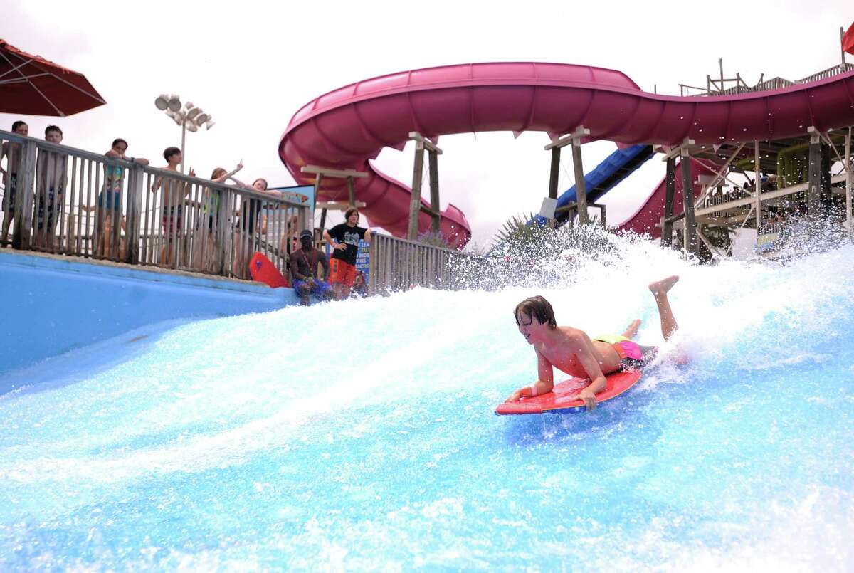 Schlitterbahn Galveston Island Waterpark features more than 35 water adventures and allows free parking, picnics and inner tubes.