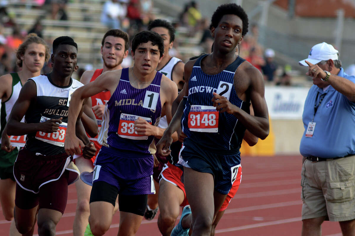 Kingwood senior Myles Marshall, right, won the boys 800 for the second consecutive year.