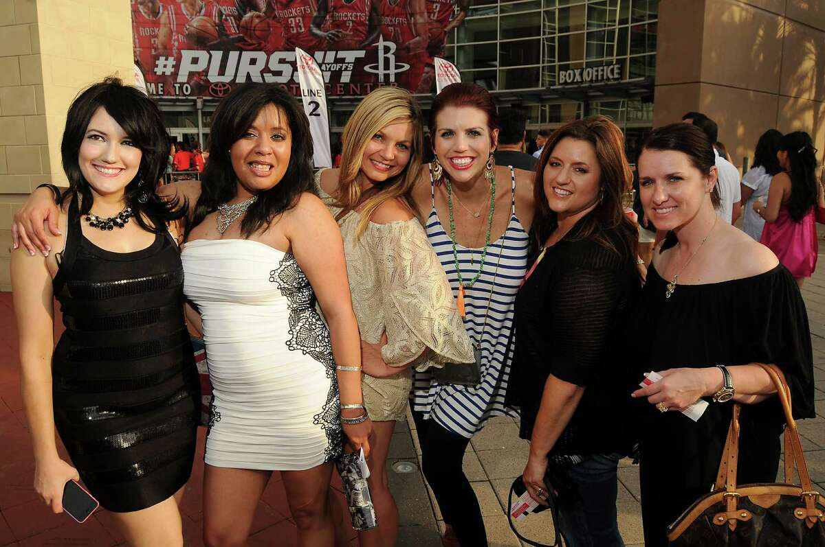 Fans outside at the NKOTB's