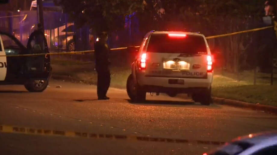 A fist fight broke out when two rival gang members showed up at the party. The fight spilled onto the street and one of the men involved began running down Dumfries toward Fondren, with another male chasing him, firing repeatedly. The shooter eventually shot and killed the victim, and hit a woman in the leg. Photo: Tim Bristow, Metro Video