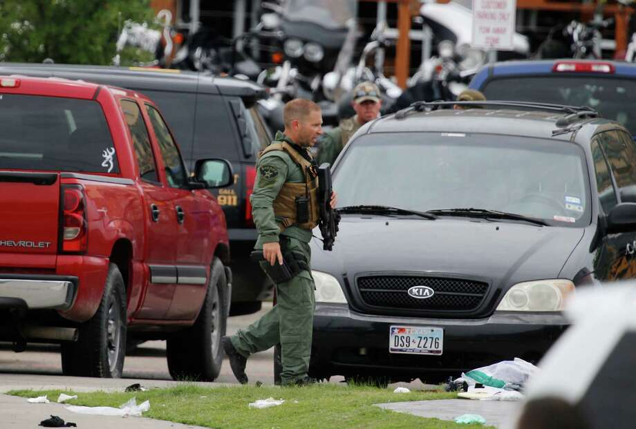 Biker gangs' gunfight in Texas leaves 9 dead, 18 wounded