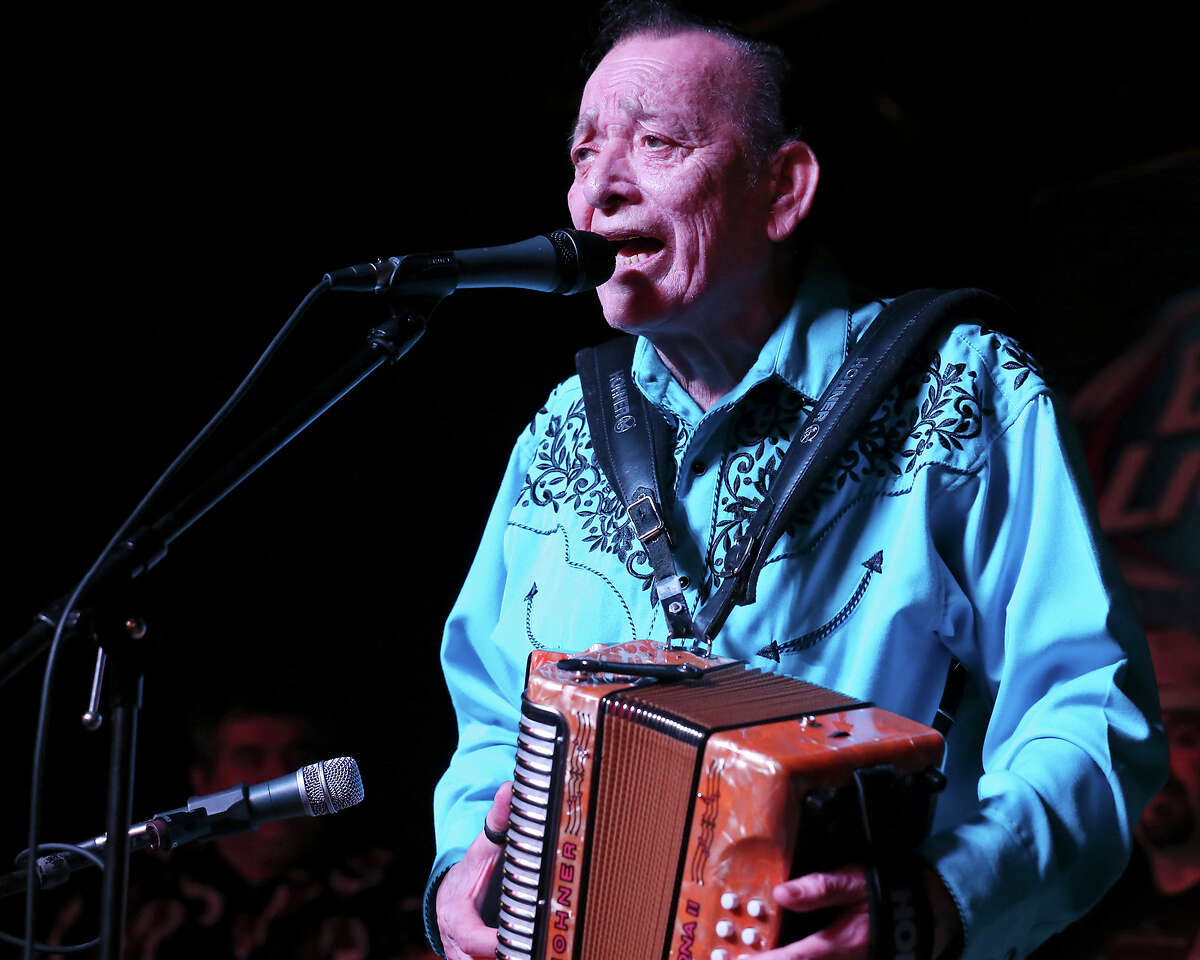 Flaco Jimenez performs during the 34th annual Tejano Conjunto Festival Sunday May 17, 2015 at Rosedale Park.