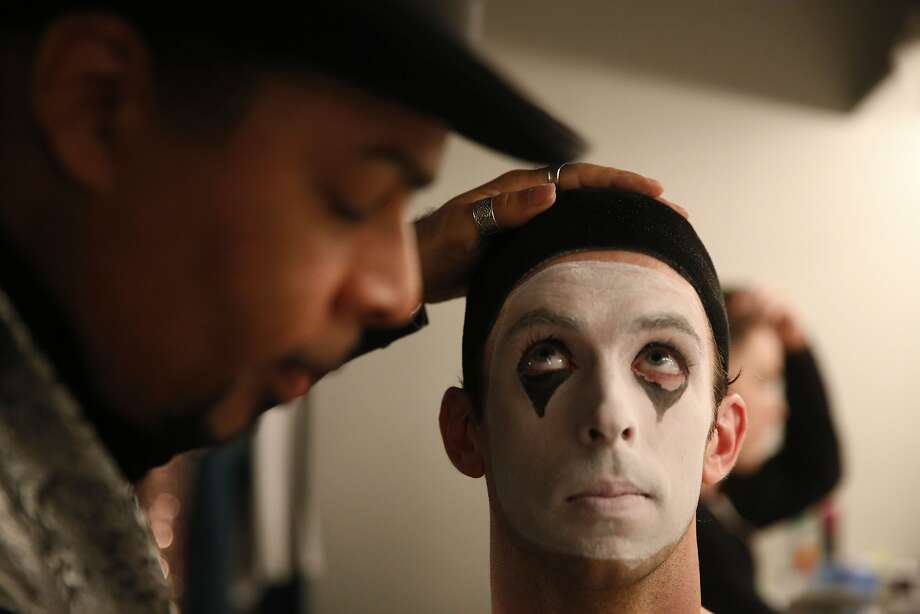 Smuin ballet wardrobe assistant Vincent Avery does makeup on Ben Needham-Wood during the final dress rehearsal  at Yerba Buena Center for the Arts in san Francisco, Calif. Photo: Mike Kepka, The Chronicle