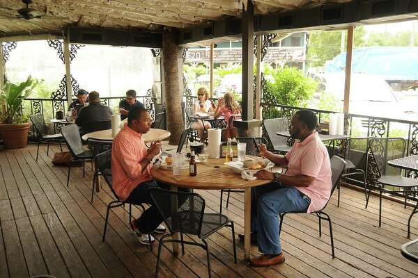 At BB's Cafe, crawfish make the cash registers ring