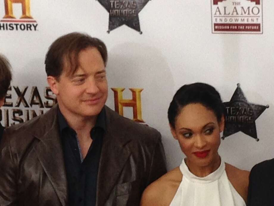 Brendan Fraser w/ Addai-Robinson at the 'Texas Rising' red carpet.