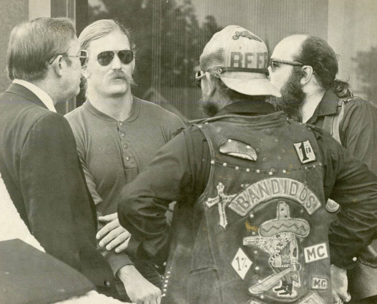 """The Bandidos Founded:1966Membership:93 U.S. chapters, operations in at least 13 other countries. Headlines: Disaffected Vietnam vets formed one of the U.S.'s most violent gangs in Galveston County. Authorities say members have been involved in operations ranging from human trafficking to dog fighting rings to hits on rivals. """"The Bandidos motorcycle gang's roots run deep in Houston""""(May 17, 2015)"""
