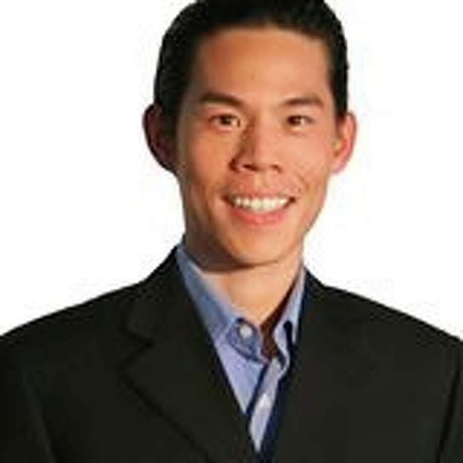 KPIX-TV reporter Da Lin was sitting in the back of his news van parked outside Oakland City Hall when a man tried to steal it, authorities said. Photo: Handout Photo / ONLINE_YES