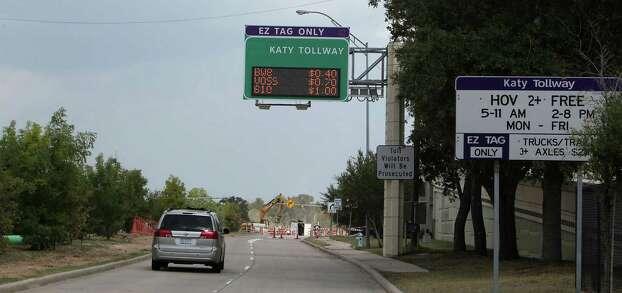 Peak I-10 toll price jumping to $10   Houston Chronicle