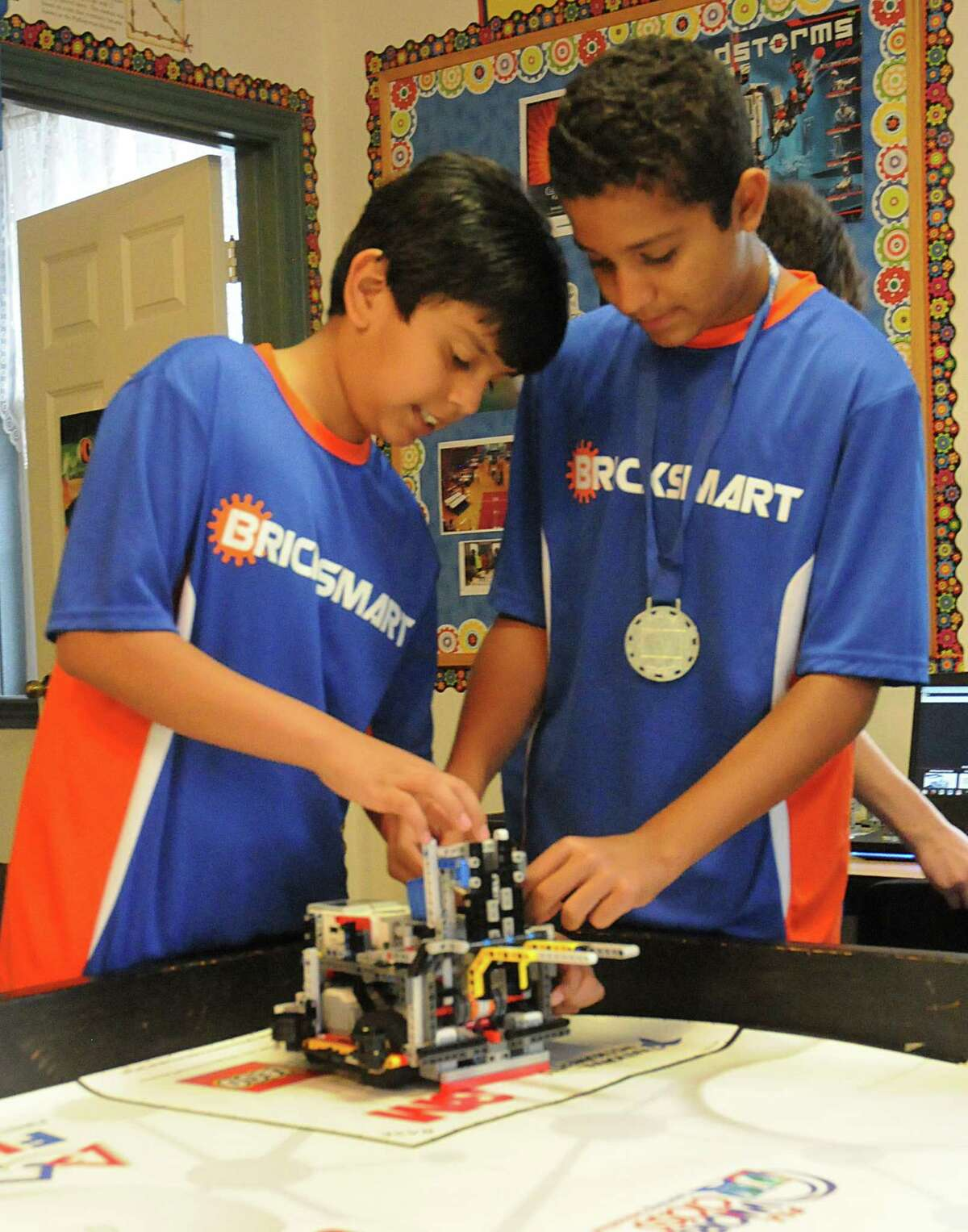Rubicon Academy, 14211 Horseshoe Bend in south Montgomery County, robotics team practice. Photograph by David Hopper.