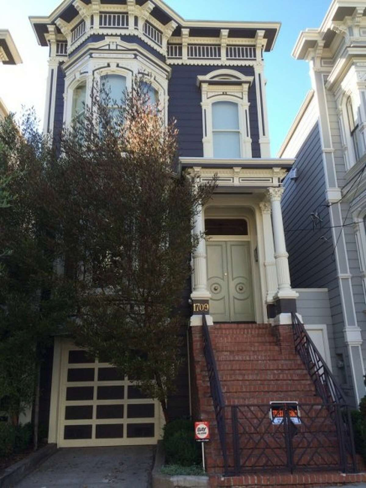 A two-story Victorian in San Francisco's lower Pacific Heights appears in the beloved 80s sitcom