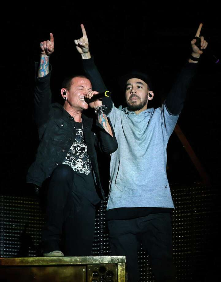 Chester Bennington (left) and Mike Shinoda of Linkin Park play the Rock in Rio USA event in Las Vegas earlier this month. Photo: Christopher Polk /Getty Images / 2015 Getty Images