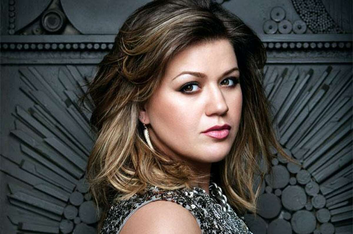 Season 1 winner: Kelly Clarkson Hometown: Burleson, TexasAge: 33Highlights: Her 2004 album,