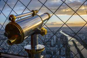 Views from the top of the world's most iconic landmarks - Photo