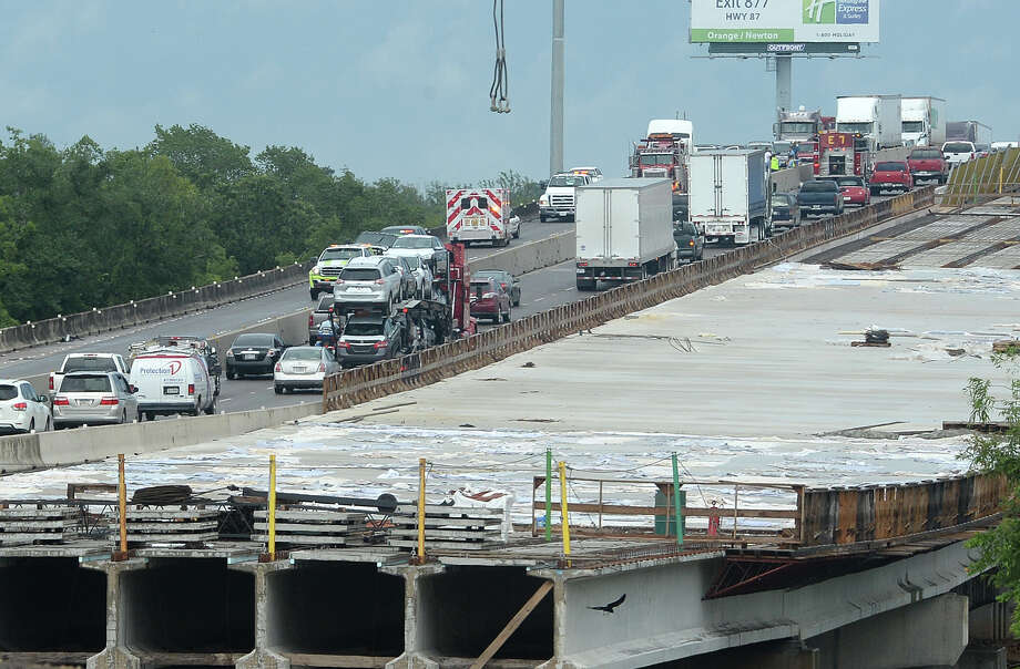 A wreck on the Purple Heart Bridge has cause major traffic problems on both sides of the highway. The accident involved a tractor trailer and is said to have no major injuries. Photo taken Thursday, May 21, 2015 Guiseppe Barranco/The Enterprise Photo: Guiseppe Barranco, Photo Editor