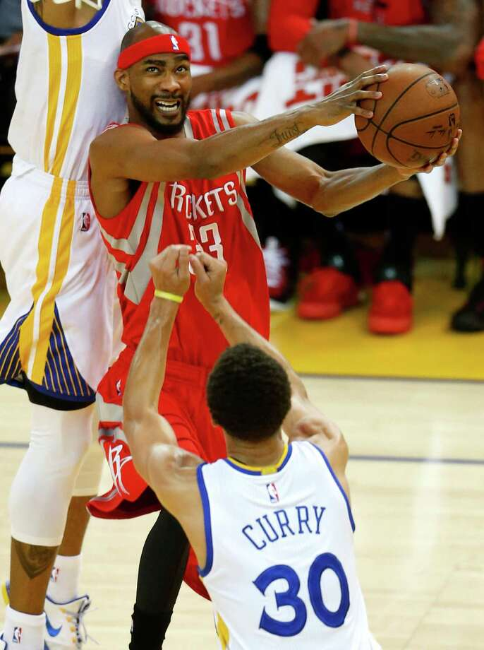 While the Rockets want Corey Brewer back, they haven't come close as yet in negotiations to making that happen. Photo: Karen Warren, Staff / © 2015 Houston Chronicle