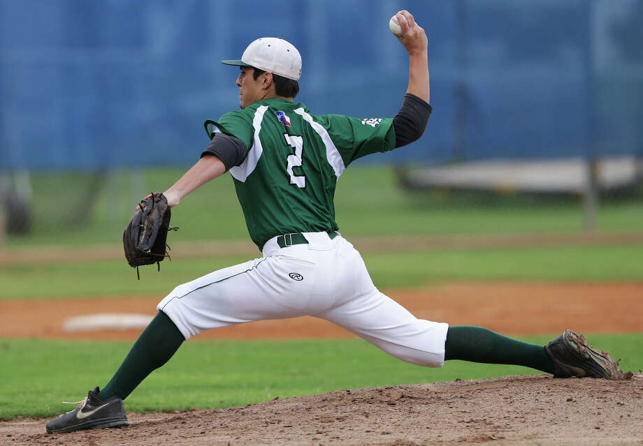 Andrew Garza gets the start for the Rattlers as Reagan plays Smithson Valley in game 1 of the third round of Class 6A high school baseball playoffs on May 21, 2015. Photo: Tom Reel / San Antonio Express-News