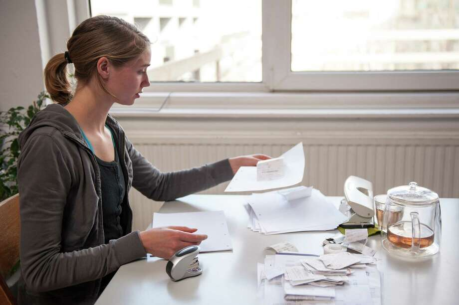 Tracking monthly expenses will help you set a budget and stick to it. And that includes setting up an emergency fund and preparing for future expenses, such as buying a car or home. Photo: Lucy Lambriex /Getty Images / Moment Open / Moment Open