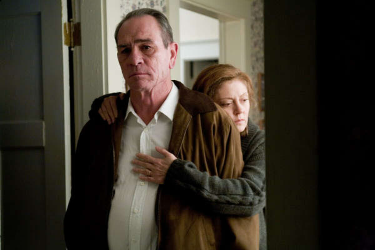 In the Valley of Elah (2007) Rotten Tomatoes Rating: 73 percent Starring: Tommy Lee Jones, Charlize Theron and Susan Sarandon Director: Paul Haggis Synopsis: Parents search for their son who recently returned from Iraq, but has gone missing.