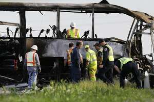 CHP probe faults truck driver in bus collision that killed 10 - Photo