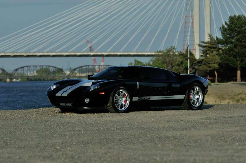 2005 Ford GT.