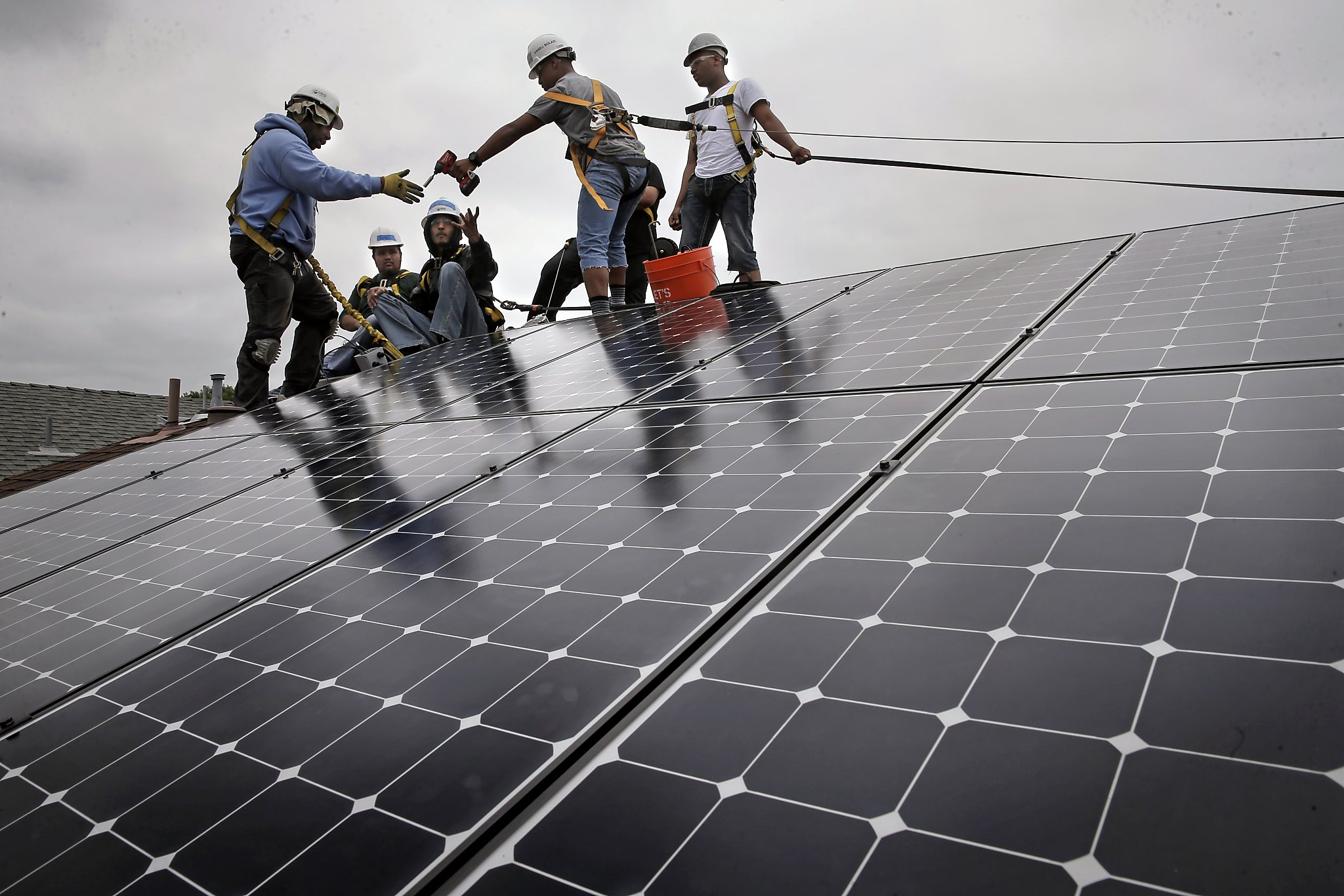 Low Income Homeowners Get Free Solar Panels Thanks To Cap